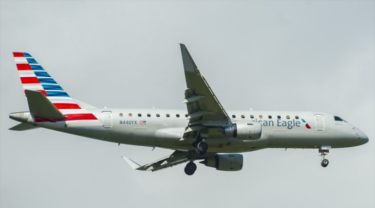 ERJ-175LR American Eagle N440YX