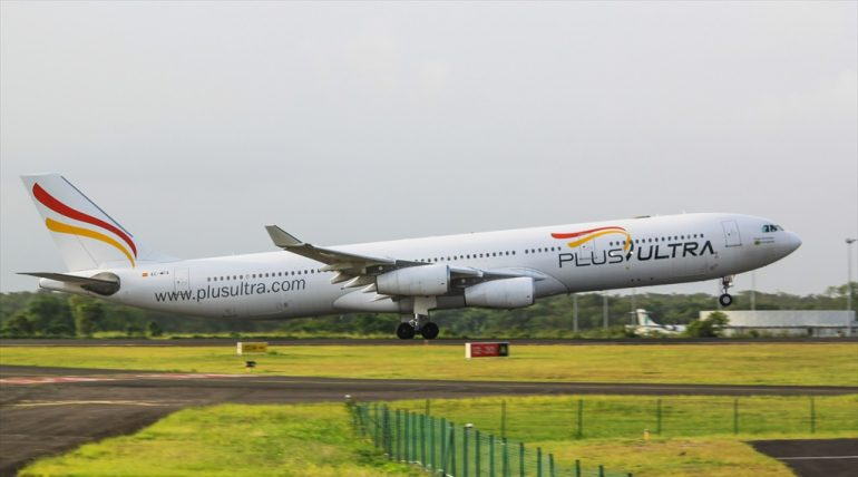 A340-300 Plus Ultra EC-MFA