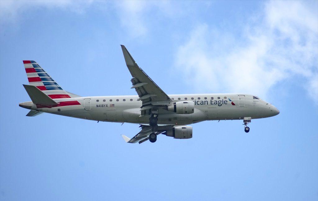 ERJ-175LR American Eagle N418YX