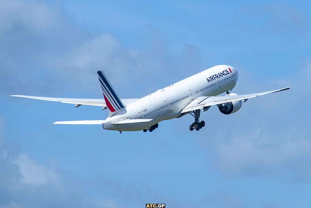 B777-300ER Air France F-GSQD
