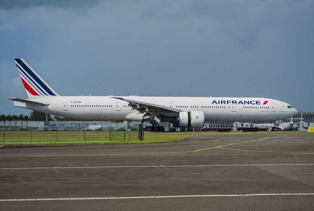 B777-300ER Air France F-GSQN